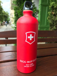 """Die Trinkflasche """"Classic"""" hat es sogar als Exponat ins Museum geschafft. (Bild: Thorsten Claus)"""